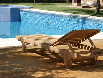 دک چوبی مخصوص فضای خارج و مبلمان باغی